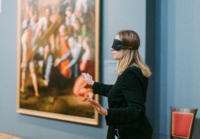 Новая программа в Музее Академии художеств «Рафаэль. Версии. В темноте».